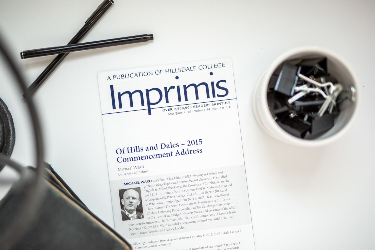 Imprimis Volume 44 on a desk.
